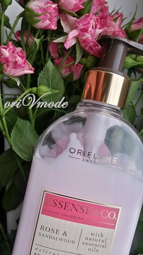 Лосьон для рук и тела с розой и сандалом от Орифлэйм