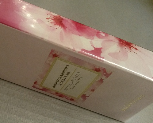коробочка с цветами вишни Черри Блоссом